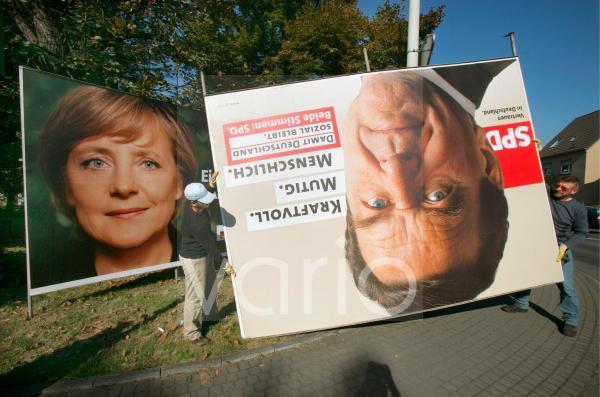 Abbau von Wahlplaktaten