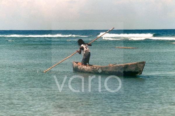 Fischer in seinem Boot