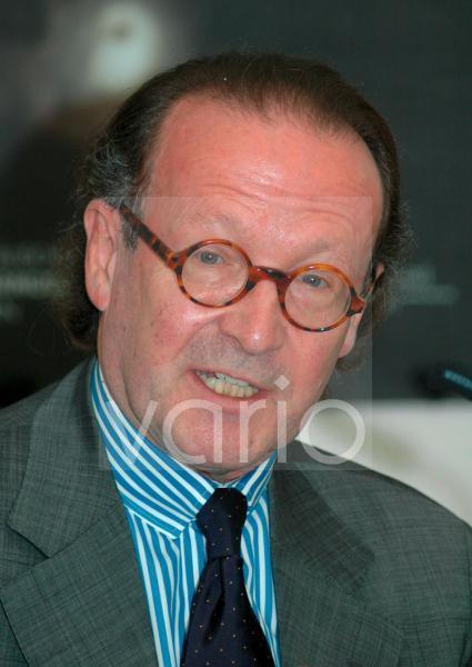 Peter-Klaus SCHUSTER