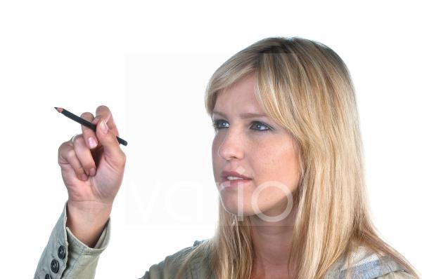 Junge Frau mit Stift
