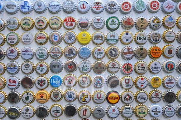 Kronkorken verschiedener Biersorten