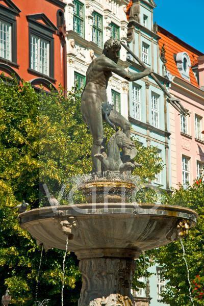 Neptunbrunnen in der Altstadt von Gdansk, Polen, Europa
