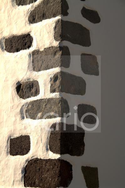 el Rincon, typischer spanischer baustil mit vulkangestein