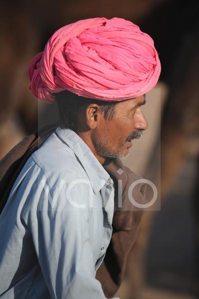 Camels herdsmen in Pushkar Fair