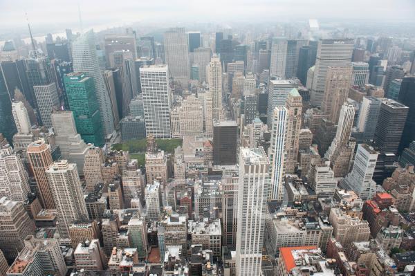 Metropole, Häusermeer, Blick vom Empire State Building auf die Hochhäuser von Midtown bei Nebel, Wolkenkratzer, Manhattan, New York City, USA, Nordamerika, Amerika