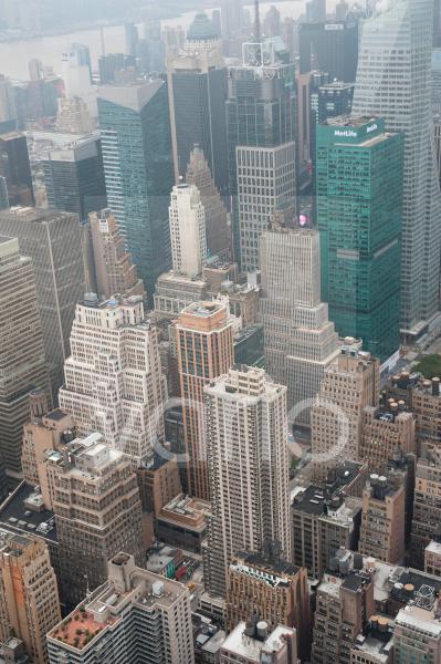 Metropole, Blick vom Empire State Building auf die Hochhäuser von Midtown bei Nebel, Wolkenkratzer, Manhattan, New York City, USA, Nordamerika, Amerika
