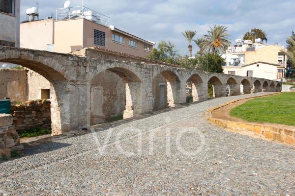 Historisches Aquädukt in der Peseos Street, Nicosia, Nikosia, Zypern, Europa