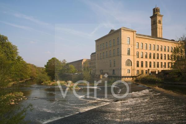 Salts Mill, UNESCO World Heritage Site, Saltaire, near Bradford, Yorkshire, England, United Kingdom, Europe