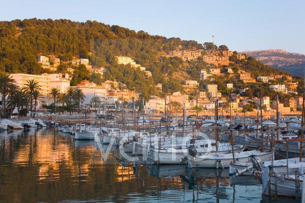 View across the harbour at sunset, Port de Soller, Mallorca, Balearic Islands, Spain, Mediterranean, Europe
