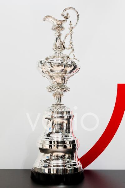DEU, Düsseldorf, 20.01.2020: Der Americas Cup, original Segel Trophäe seit 1851, ausgestellt auf der boot 2020,  The Americas Cup original sailing trophy since 1851, displayed at the boot tradefair Dü