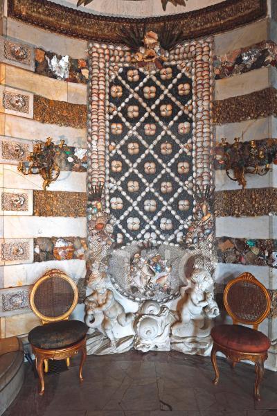Grottensaal, Wanddetail mit Muschelschalen und Schneckenhäusern, Neues Palais, Park Sanssouci, Potsdam, Brandenburg, Deutschland, Europa