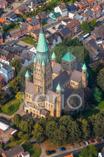 Kirchengebäude des Domes in der Altstadt in Rheine im Bundesland Nordrhein-Westfalen, Deutschland