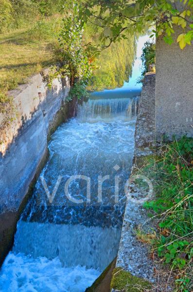Der Wiener Neustdter Kanal - ein Wasserfall