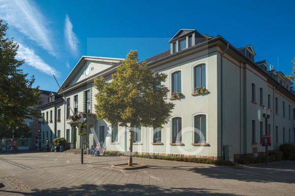 Rathaus mit Rathausplatz in Heiligenhaus, Bergisches Land, Niederbergisches Land, Nordrhein-Westfalen