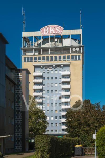 Neuer Wasserturm BKS-Hochhaus mit um den Wasserturm herum angeordneten Wohnungen, Velbert, Bergisches Land, Niederbergisches Land, Nordrhein-Westfalen