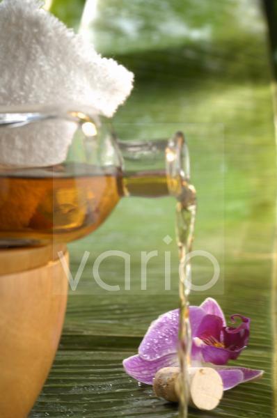 Pflegeöl (z.B. Avocadoöl)